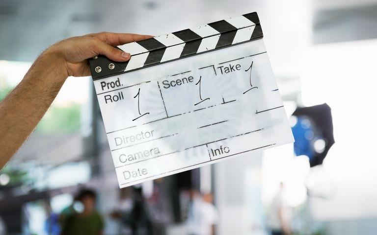 director-s-film-slate-showing-roll-1-scene-1-and-take-1-175510260-584e9e743df78c491e88bfc5