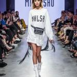 modelka-na-prehliadke-miklosko-jar-leto-2018_29-galeria