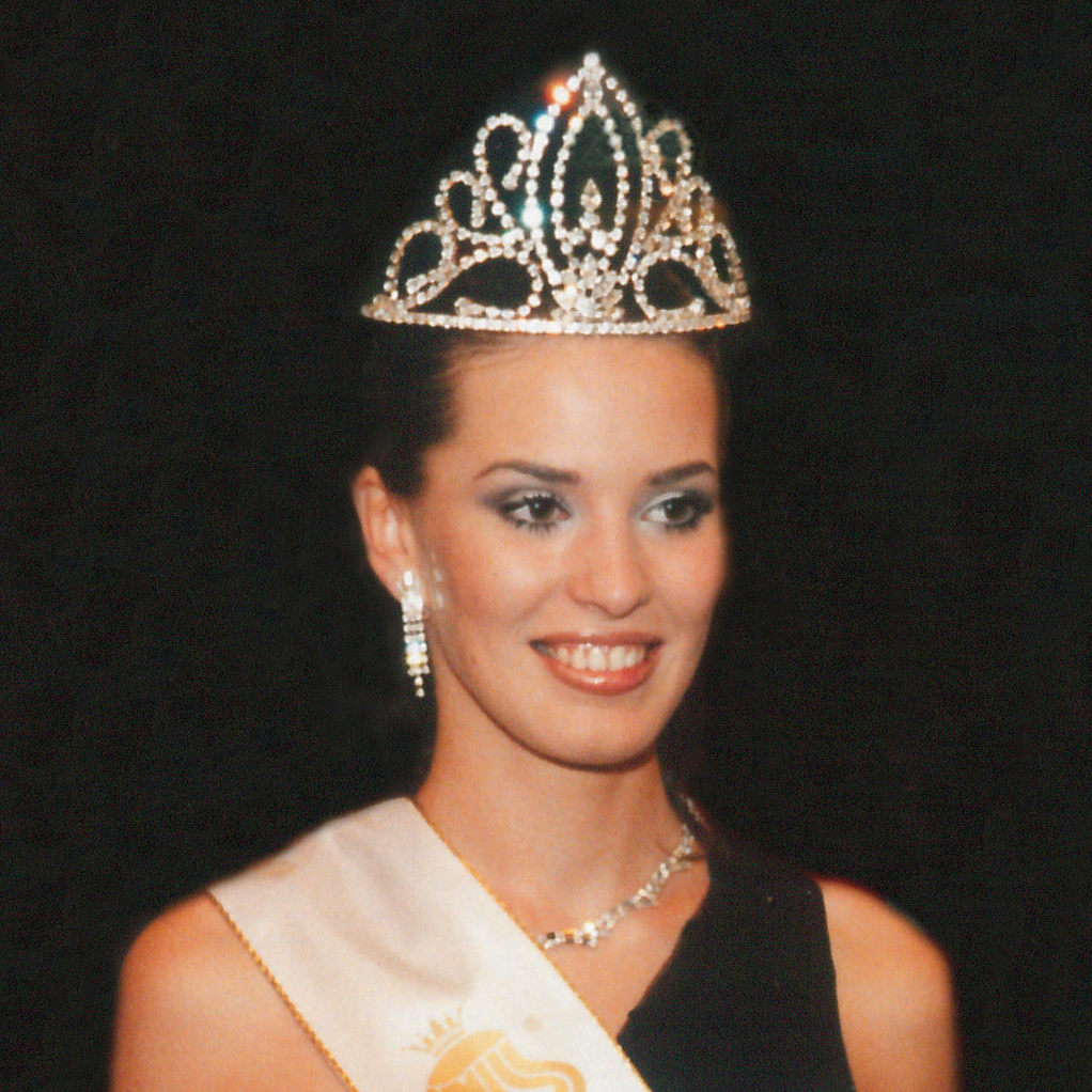 Miss-Slovensko-1998-Karolina-Cicatkova