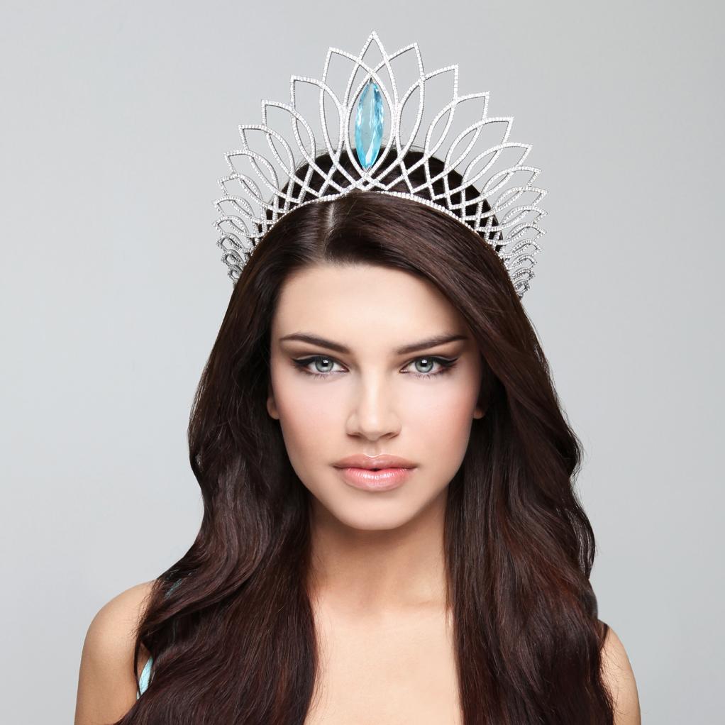 Miss-Slovensko-2013-Karolina-Chomistekova