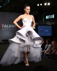 2009-fashion-show-talent-09