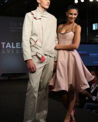 2009-fashion-show-talent-17