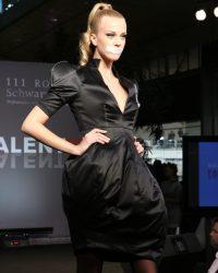 2009-fashion-show-talent-23