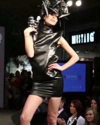 2009-fashion-show-talent-42