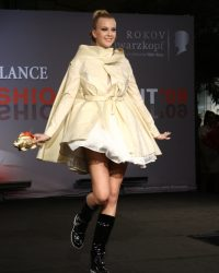 2009-fashion-show-talent-44