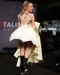 2009-fashion-show-talent-45