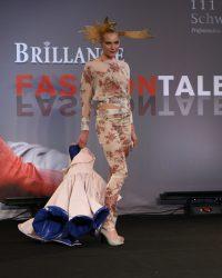 2009-fashion-show-talent-48
