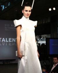 2009-fashion-show-talent-59