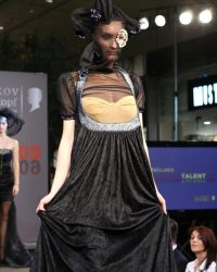 2009-fashion-show-talent-65